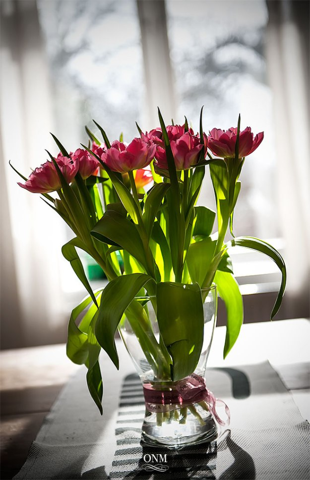 tulips_table